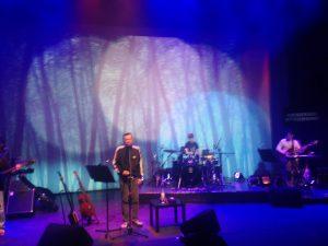 演唱會影像設計 黑月演唱會 - 黃連煜《為山歌而唱》